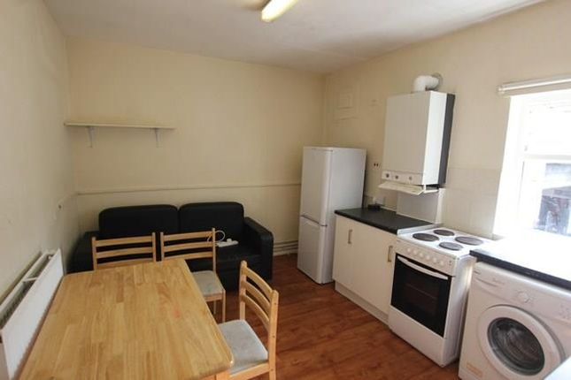 Thumbnail Flat to rent in Crouch Hill, Finsbury Park
