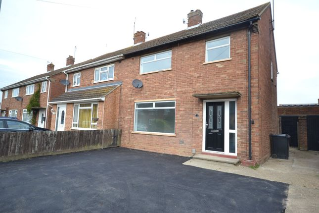 Thumbnail Semi-detached house to rent in Monkwick Avenue, Colchester