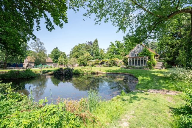 Thumbnail Barn conversion for sale in Copthorne Common, Copthorne, Crawley, West Sussex