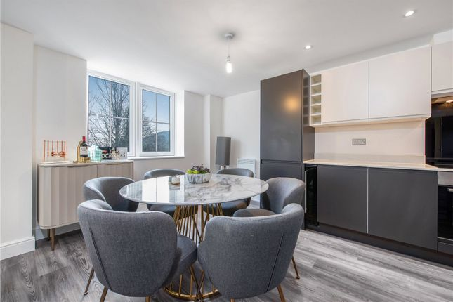 2 bed flat for sale in The Residence, Wycombe Road, High Wycombe, Buckinghamshire HP14