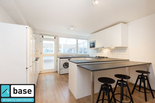 Thumbnail Terraced house to rent in Granby Street, Shoreditch