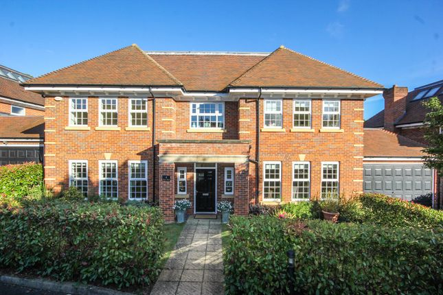 Thumbnail Detached house for sale in Barton Drive, Beaconsfield