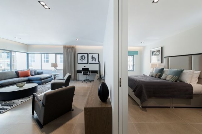 Thumbnail Flat to rent in Babmaes Street, St James's, London