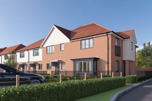 Thumbnail Terraced house for sale in Pylands Lane, Bursledon