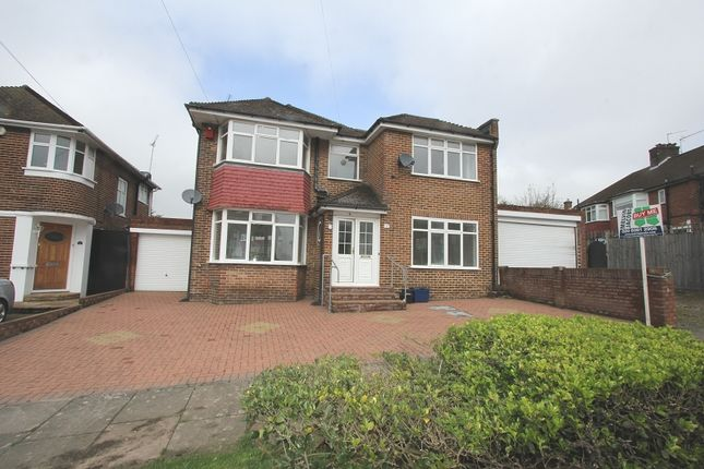 4 bed detached house for sale in Blackwell Gardens, Edgware, Greater London.