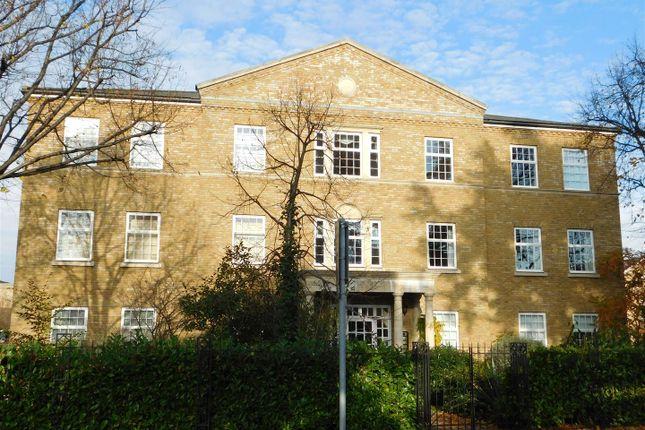 Thumbnail Flat to rent in Balaclava Road, Long Ditton, Surbiton
