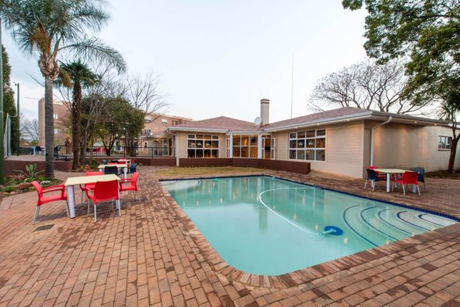 1 bed apartment for sale in President Pretorius St, Benoni, South Africa