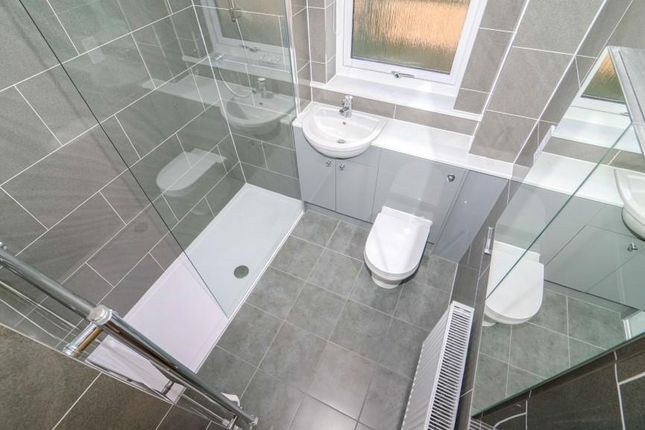 Cup0614Jmp Shower Room
