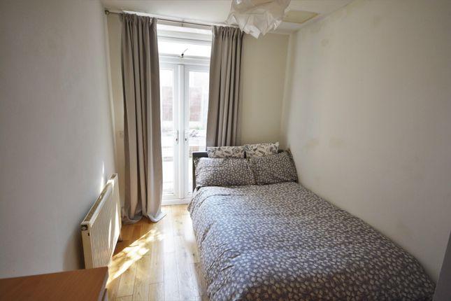 Bedroom of Walter Road, Swansea SA1