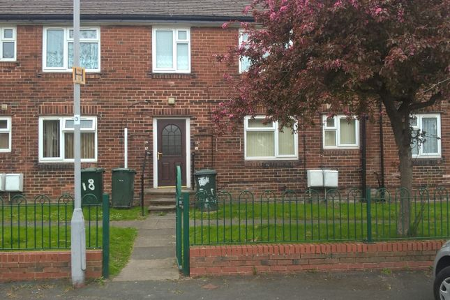 Thumbnail Flat to rent in Fremantle Grove, Bradford, West Yorkshire