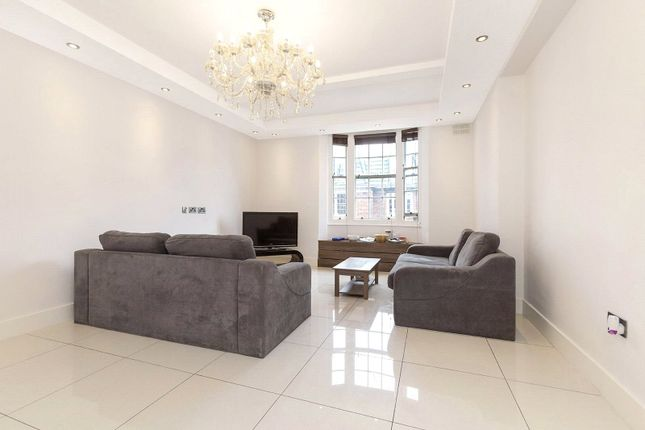 3 bed flat for sale in Ralph Court, Bayswater, London W2