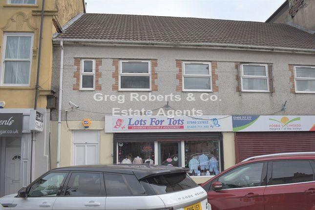 2 bed flat to rent in Commercial Street, Tredegar, Blaenau Gwent. NP22