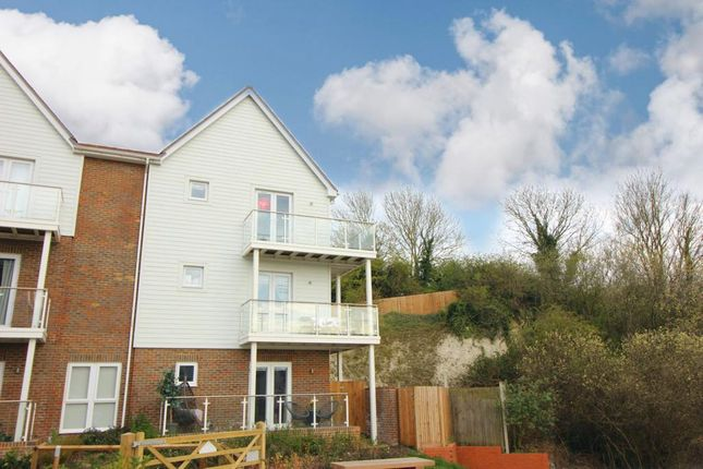 Thumbnail 2 bed flat to rent in Walters Close, Snodland
