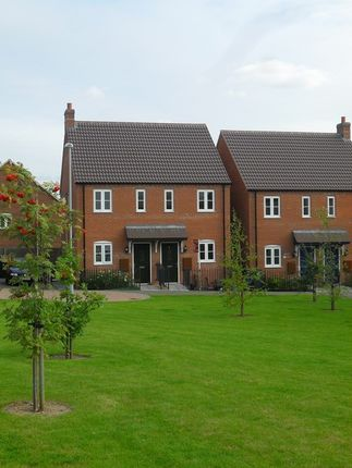 Thumbnail Semi-detached house to rent in Crowder Close, Bardney
