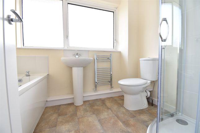 Family Bathroom of Lilliput Avenue, Chipping Sodbury, Bristol BS37