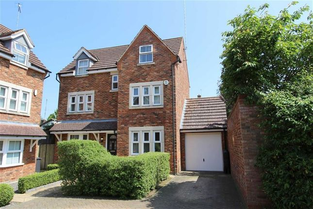 Thumbnail Property for sale in Badgers Brook, Leighton Buzzard
