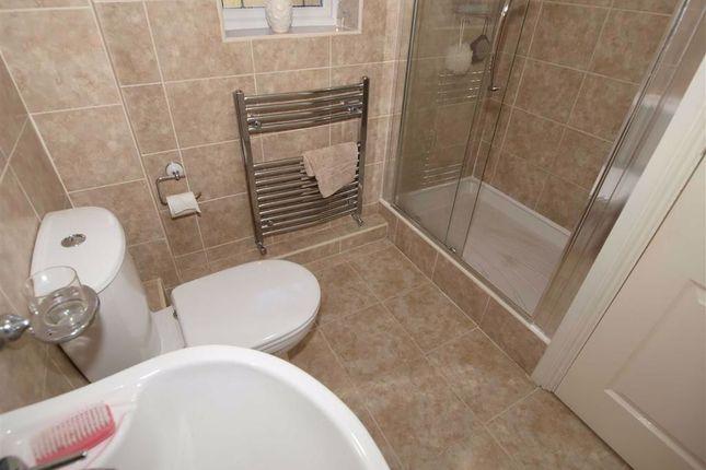 En-Suite Cont'd of Kelsey Way, Cramlington NE23
