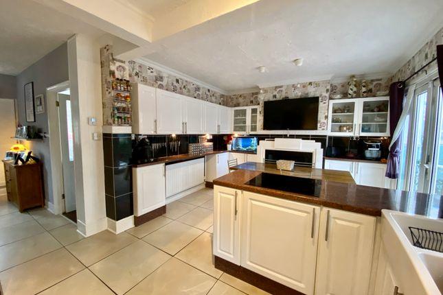 5 bed semi-detached house for sale in Milton Hall Road, Gravesend DA12