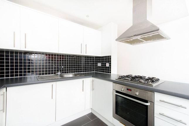 Thumbnail Flat to rent in Bridgepoint Lofts, Forest Gate
