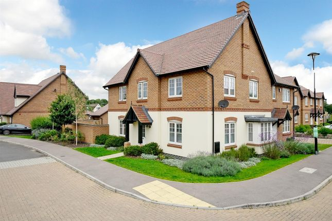 Thumbnail Property for sale in Jove Gardens, Smallford, St. Albans