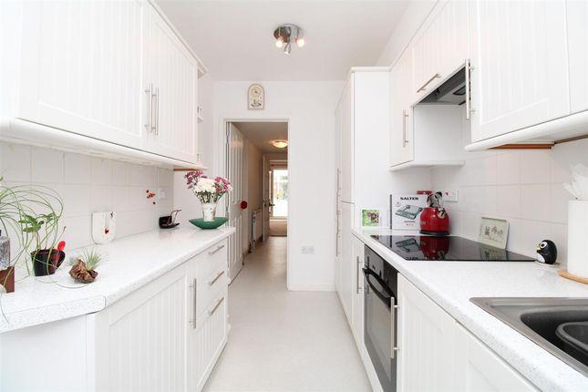 Annexe Kitchen of All Saints Avenue, Prettygate, Colchester CO3