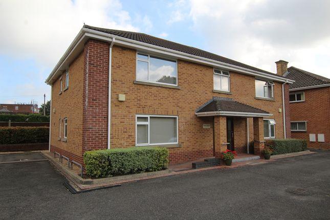 Thumbnail Flat to rent in Fernlea Avenue, Ferndown