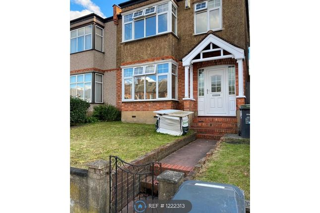 3 bed semi-detached house to rent in Perry Vale, London SE23