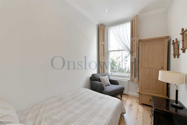 Bedroom of Earls Court Road, London W8