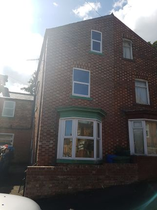 Thumbnail Semi-detached house to rent in 61 Oak Road, Scarborough