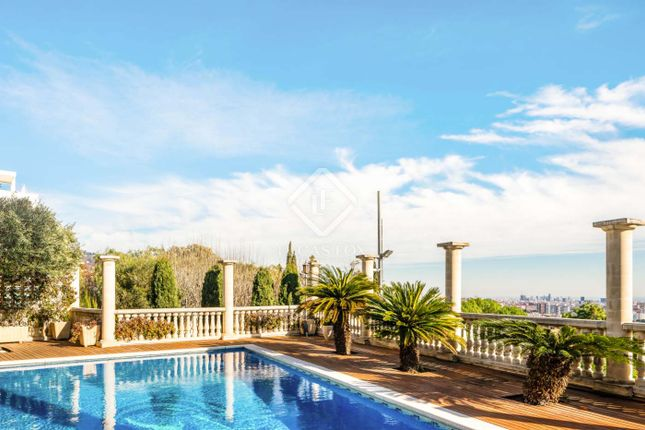 Thumbnail Villa for sale in Spain, Barcelona, Barcelona City, Pedralbes, Bcn16348