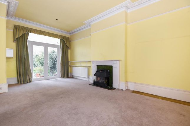 Thumbnail Flat for sale in Onslow Road, Richmond