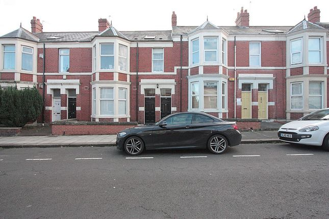 Thumbnail Flat to rent in Shortridge Terrace, West Jesmond, Newcastle Upon Tyne