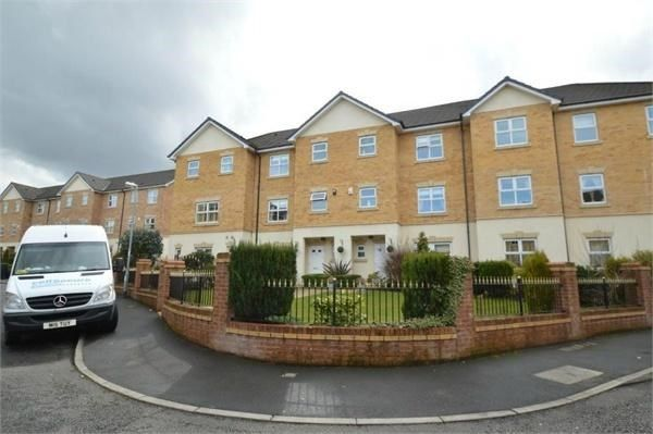 Thumbnail Flat for sale in Hampstead Drive, Whitefield, Manchester