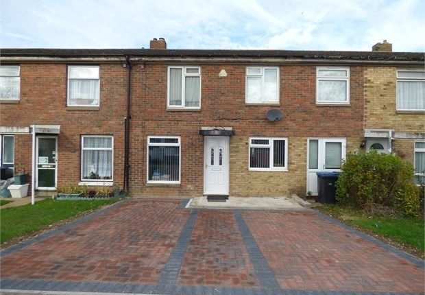 Thumbnail Terraced house for sale in Holly Field, Harlow, Harlow