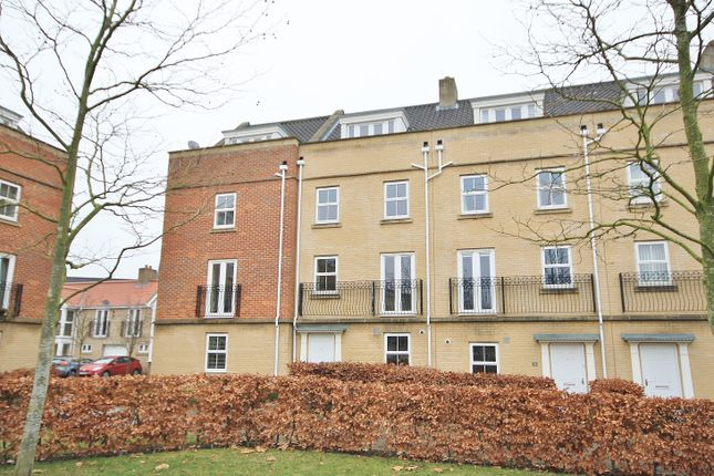5 bed property to rent in Phillipa Flowerday Plain, Norwich NR2
