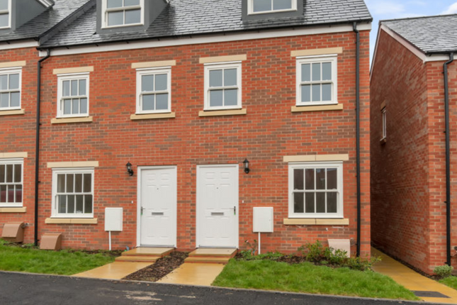3 bedroom end terrace house for sale in Yeovil Road, Sherborne