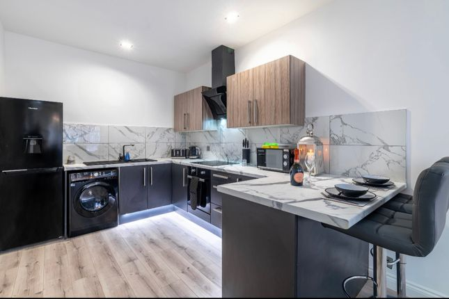 Thumbnail Flat to rent in Barrow Street, St Helens