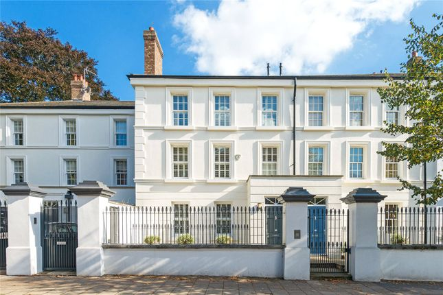 5 bed property for sale in Southwood Lane, Highgate