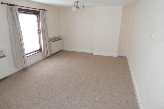 Thumbnail Flat to rent in The Headlands, Downton, Wiltshire