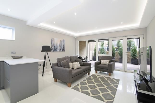 Thumbnail Flat for sale in Zola House, Crystal Palace Parade, London