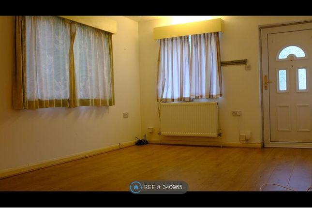 Thumbnail Bungalow to rent in Tavistock Road, Fleet