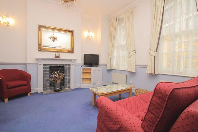 Thumbnail Flat to rent in Pemberton Row, London