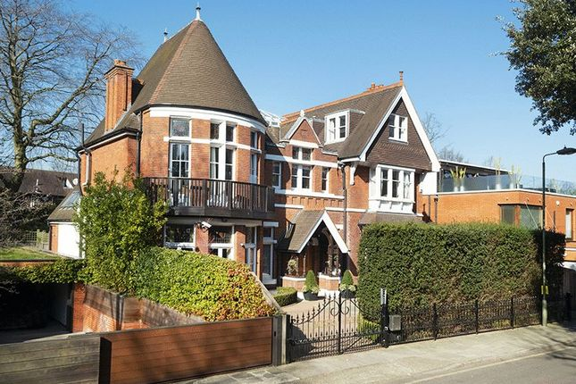 Thumbnail Detached house for sale in Elm Walk, London