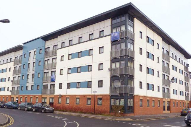 Thumbnail Flat to rent in Spring Street, Hull