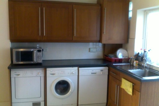 Thumbnail Terraced house to rent in Cranbrook Rise, Ilford