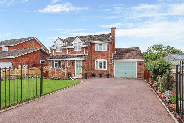 Thumbnail Detached house for sale in Oatlands Road, Botley, Southampton