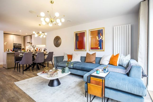 Thumbnail Terraced house for sale in High Road, Whetstone, London