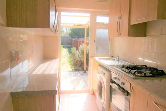 Thumbnail Terraced house to rent in Rosehill Gardens, Greenford