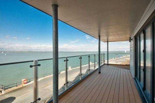 Thumbnail Flat for sale in Princes Esplanade, Gurnard, Isle Of Wight