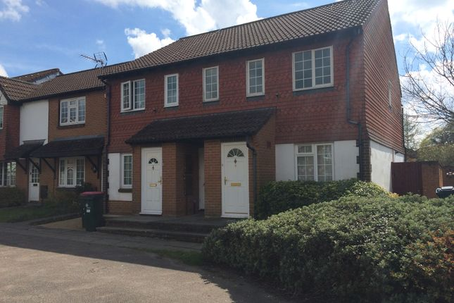 1 bed maisonette to rent in Craven Road, Crawley